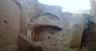بناهای تاریخی در حال تخریب